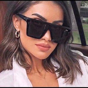 🖤NWT- Kylie Jenner x Quay Australia Sunglasses🖤